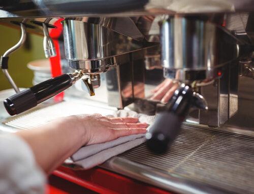 Cómo limpiar una máquina de café.