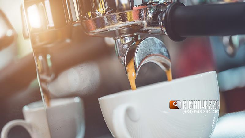 bares de presión en un café